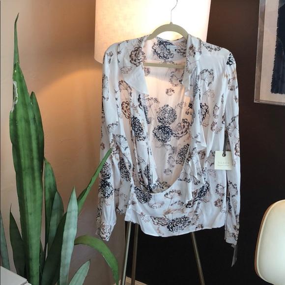 hinge Tops - Hinge blouse NWT
